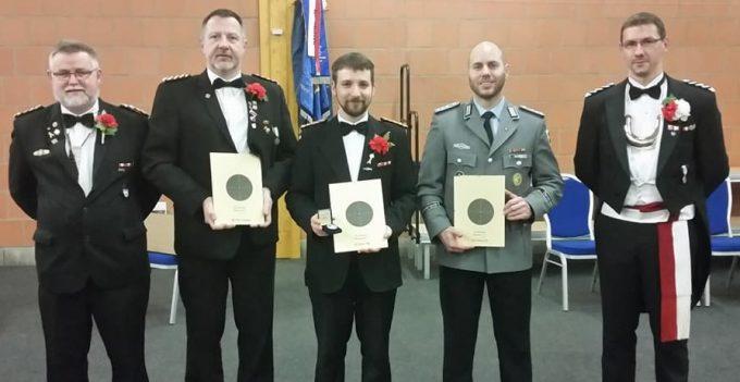 FW Frank Roloff, Sgt Torsten Engelhardt, VFw Hendrik Witte, Hptm Peter Gerhardt und Olt Thomas Horn (v.l.)